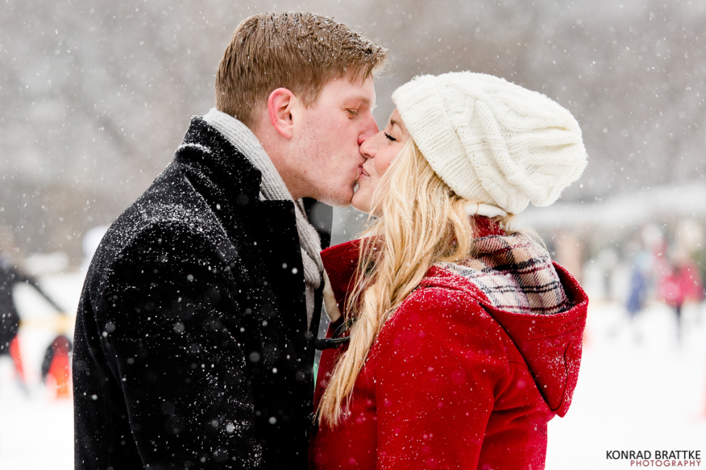 central-park-winter-wonderland-engagement_0009