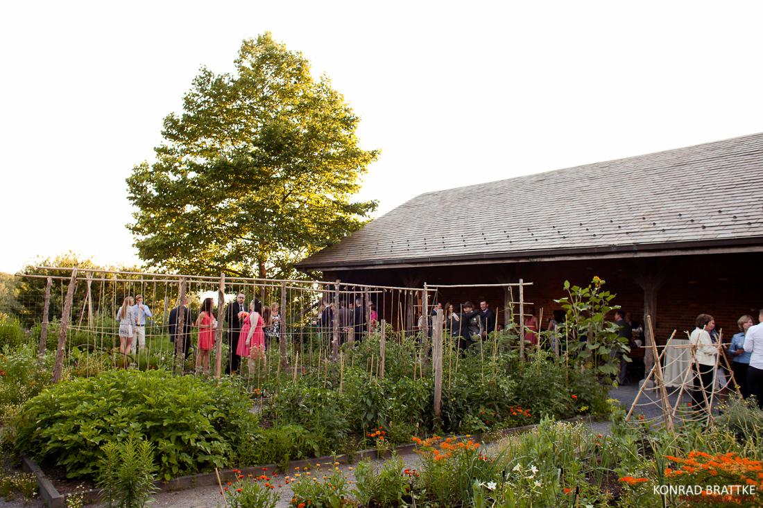 blue_hill_at_stone_barns_wedding_0025